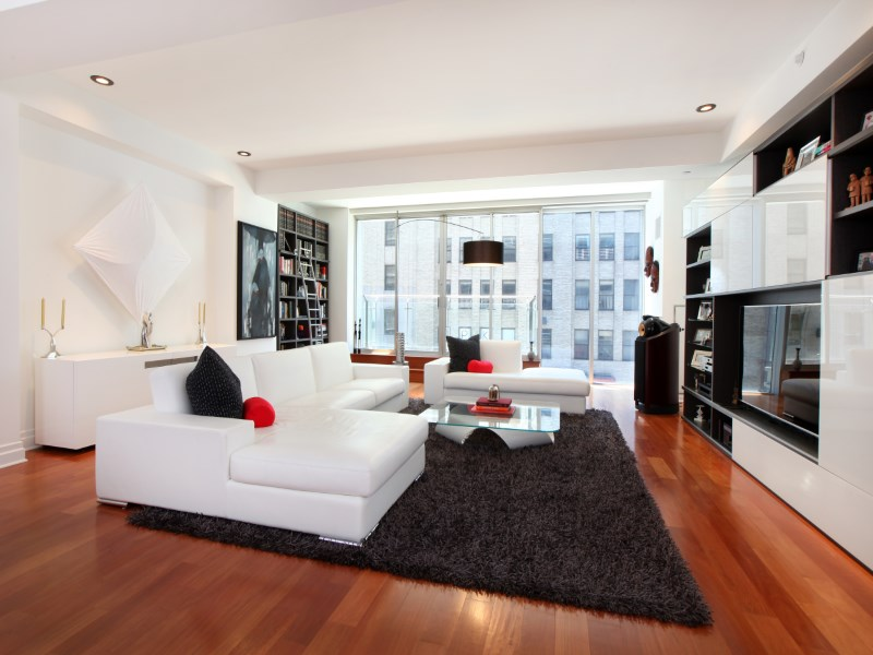 Condominio por un Venta en Mint Loft at Corner of Chelsea and W.V. 135 West 14th Street Apt 3 Chelsea, New York, Nueva York 10011 Estados Unidos