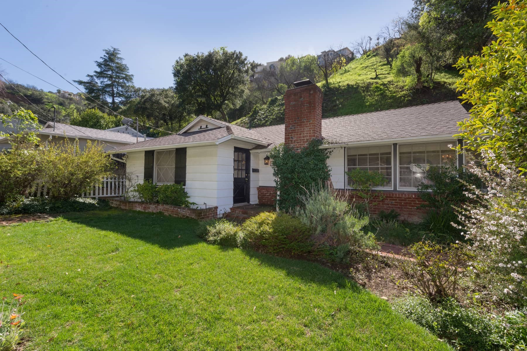 Single Family Home for Sale at 3681 Goodland Avenue Studio City, Los Angeles, California, 91604 United States