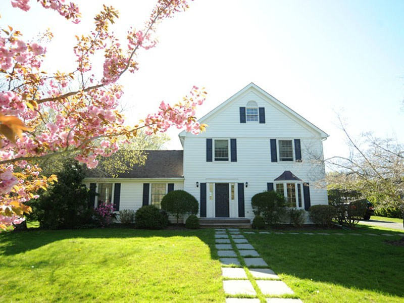 Single Family Home for Rent at Bridge South Close to Town Bridgehampton, New York 11932 United States
