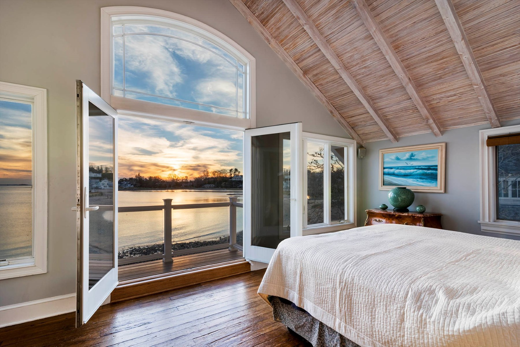 Villa per Vendita alle ore Private Beachside Island Haven 56 Compo Mill Cove Westport, Connecticut, 06880 Stati Uniti