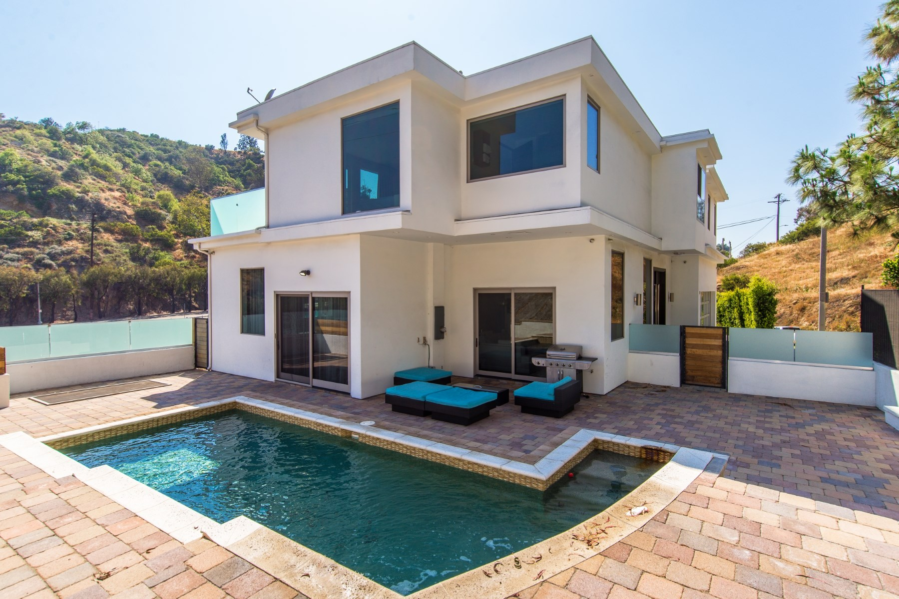 rentals property at Fully Furnished Hollywood Hills Lease
