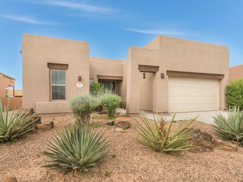 Single Family Home for Sale at 45 Camino Cerro Escondido Santa Fe, New Mexico 87508 United States