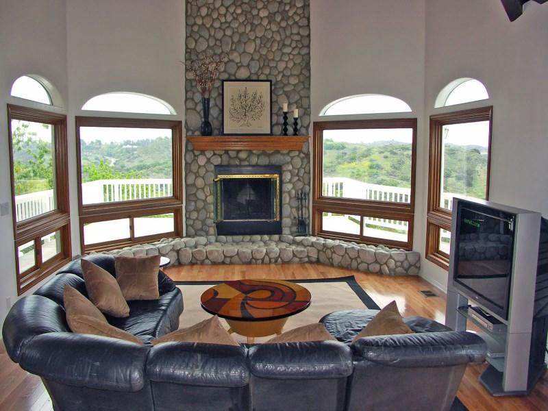 Casa Unifamiliar por un Venta en Absolutely Breathtaking Views 21907 Altaridge Drive Topanga, California 90290 Estados Unidos