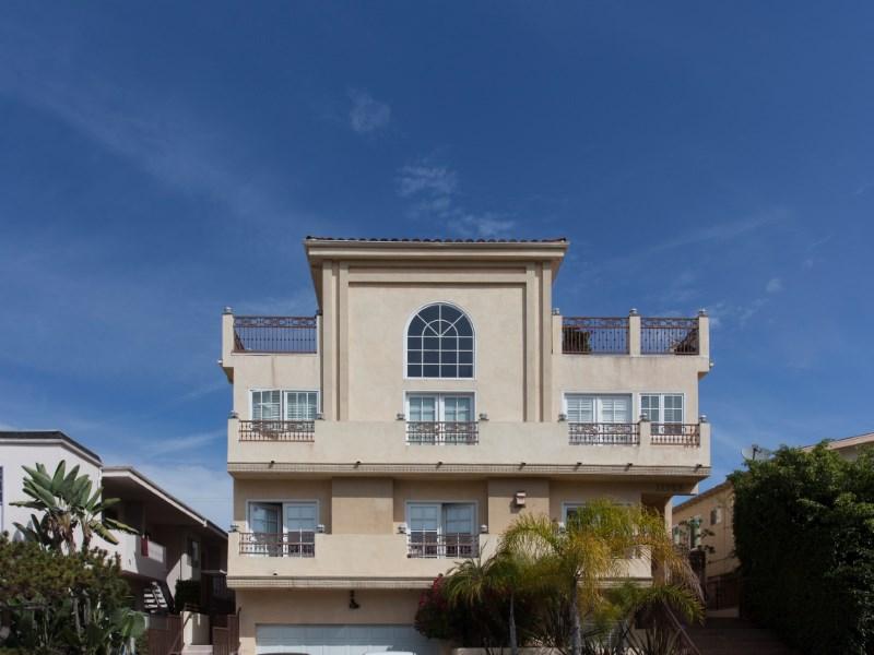"""Maison de Ville pour l Vente à Wander Brentwood's """"Village"""" Lifestyle 11723 Mayfield Ave #3 Brentwood, Los Angeles, Californie 90049 États-Unis"""