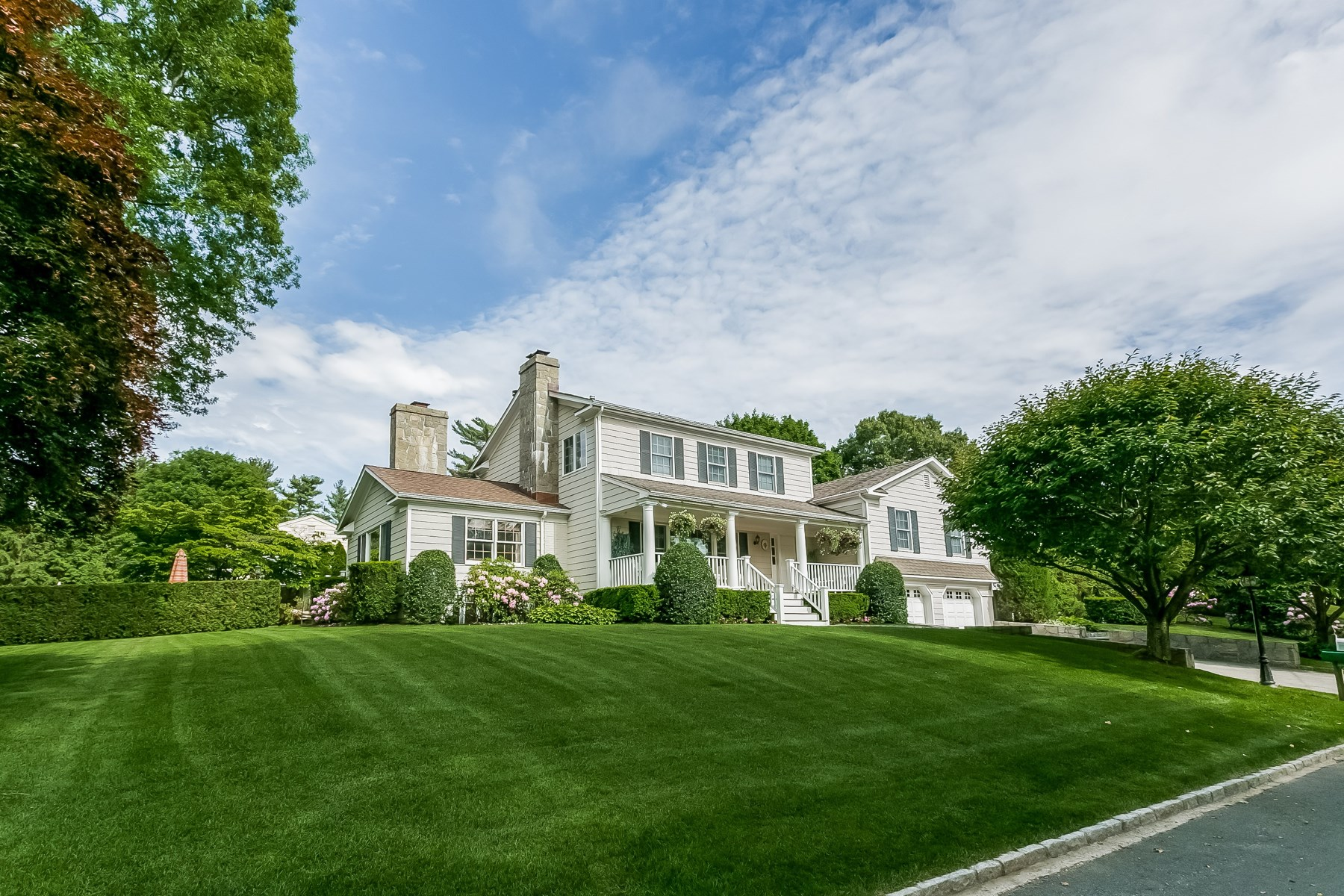 Single Family Home for Sale at In-Town with Pool 2 Widgeon Way Central Greenwich, Greenwich, Connecticut 06830 United States