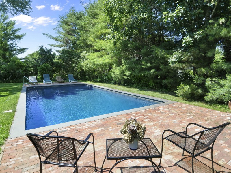 Single Family Home for Sale at East Hampton Village East Hampton Village, East Hampton, New York 11937 United States