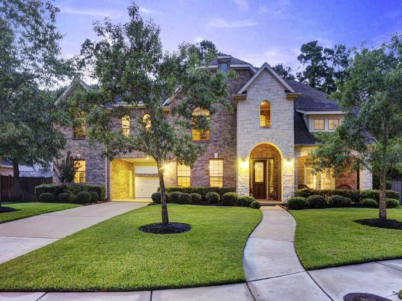 Casa Unifamiliar por un Venta en 2319 N. Imperial Path Lane Spring, Texas 77386 Estados Unidos