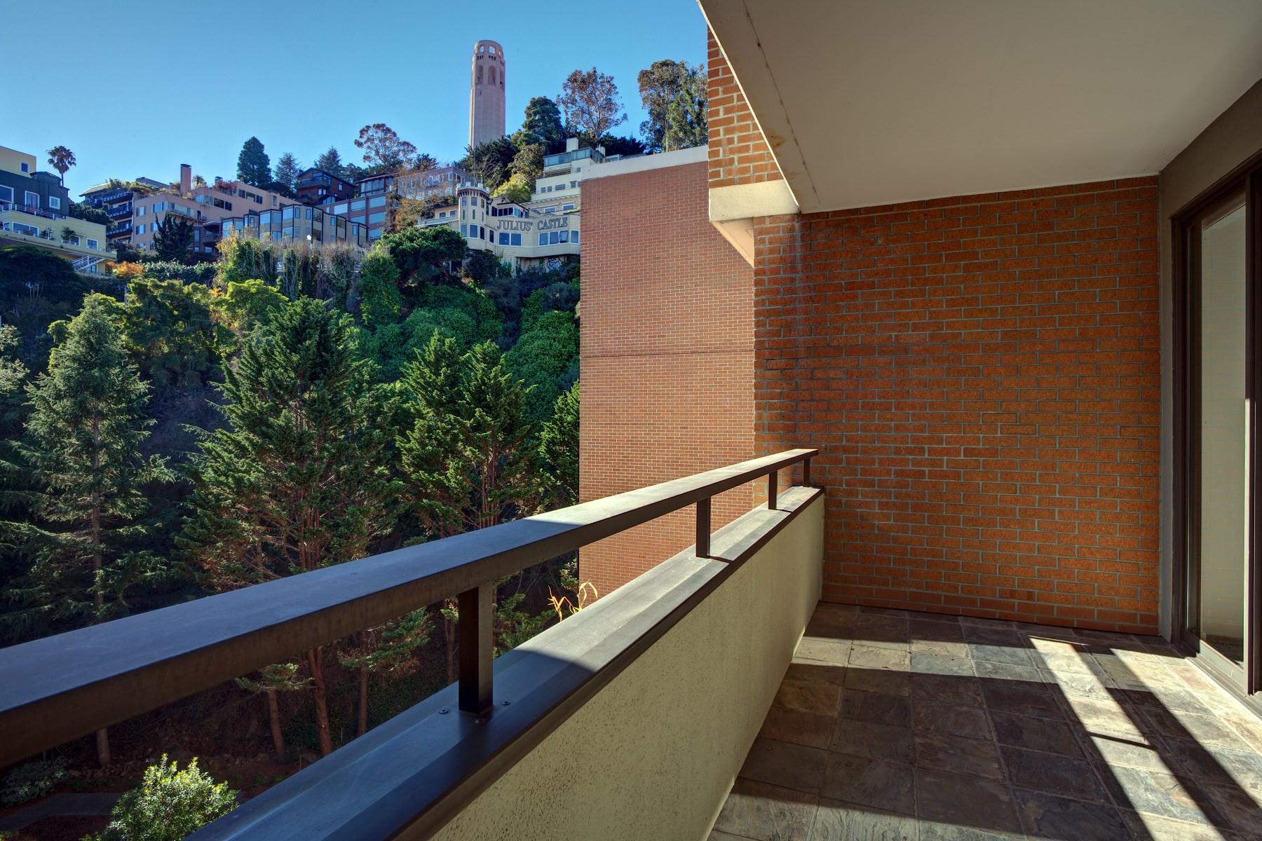 Nhà chung cư vì Bán tại Spacious Condo in Amenity Building 101 Lombard St Apt 812w Telegraph Hill, San Francisco, California 94111 Hoa Kỳ