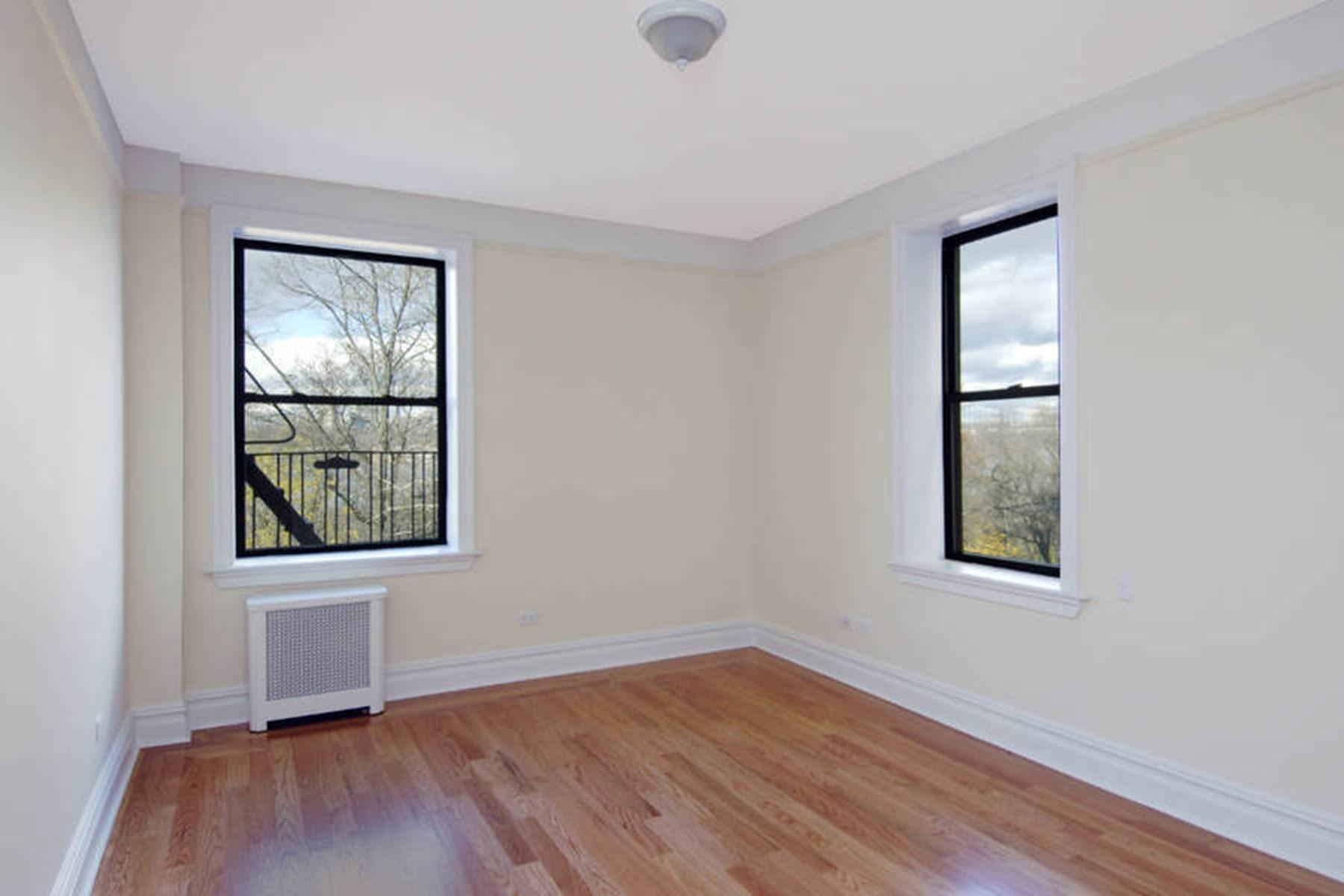 Property Of 700 Riverside Drive, Apt 4E