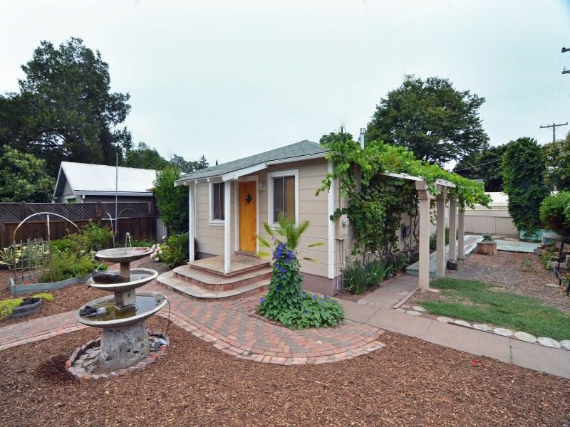 獨棟家庭住宅 為 出售 在 450 Cherry Avenue Sonoma, 加利福尼亞州 95476 美國