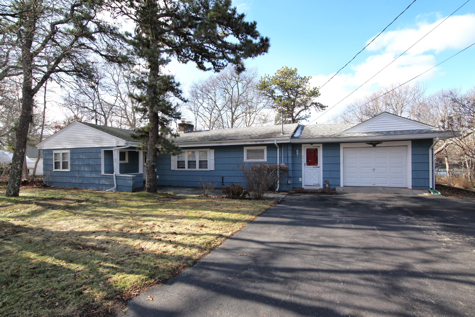 Single Family Home for Sale at Blazing Sunsets by the Bay 175 Shorewood Drive East Falmouth, Massachusetts 02536 United States