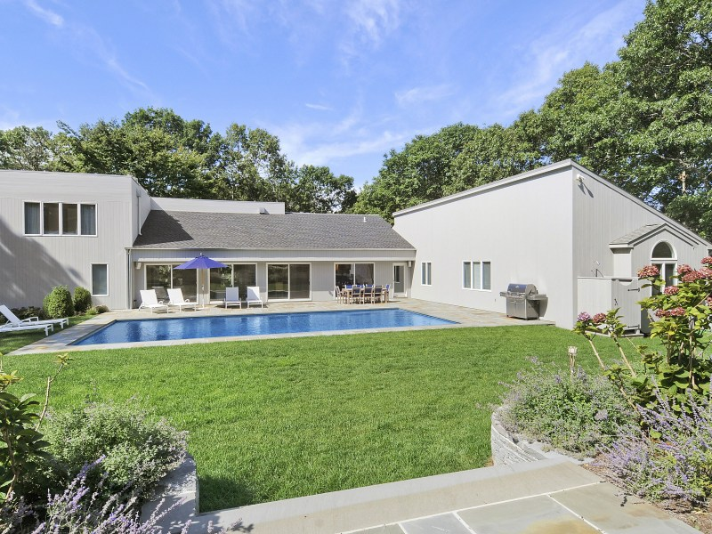 Property Of Spacious Home, Pool and Tennis