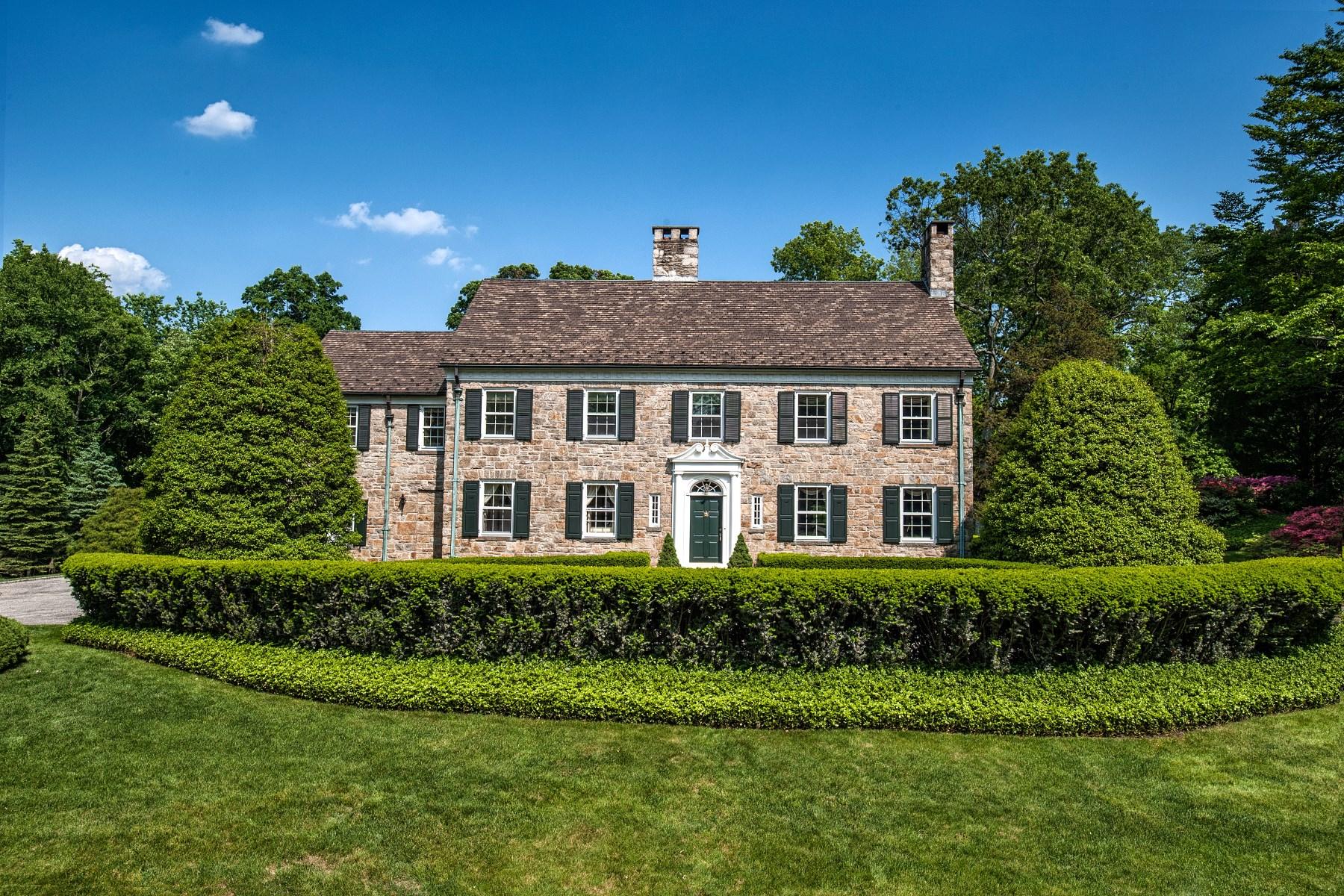 Nhà ở một gia đình vì Bán tại Khakum Wood 27 Khakum Wood Road Greenwich, Connecticut 06831 Hoa Kỳ