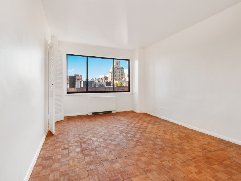 Property For Sale at 201 West 21st Street, 7A