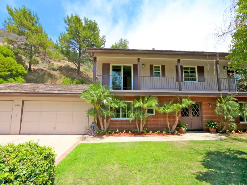 Maison unifamiliale pour l Location à Turn-Key Rental In Malibu West! 30600 Las Estrellas Malibu, Californie 90265 États-Unis