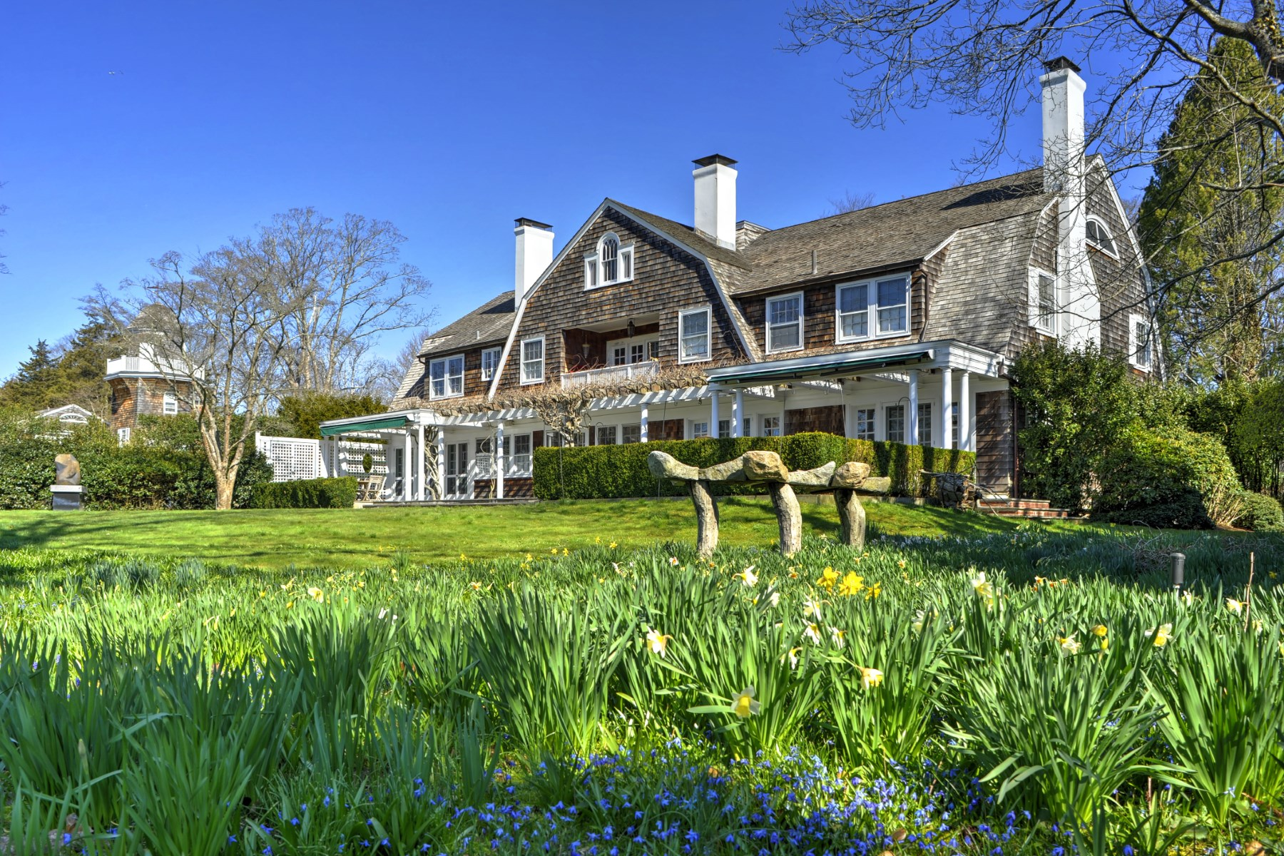 Casa Unifamiliar por un Alquiler en Iconic East Hampton Estate Compound 55 And 63 Huntting Lane East Hampton Village, East Hampton, Nueva York, 11937 Estados Unidos