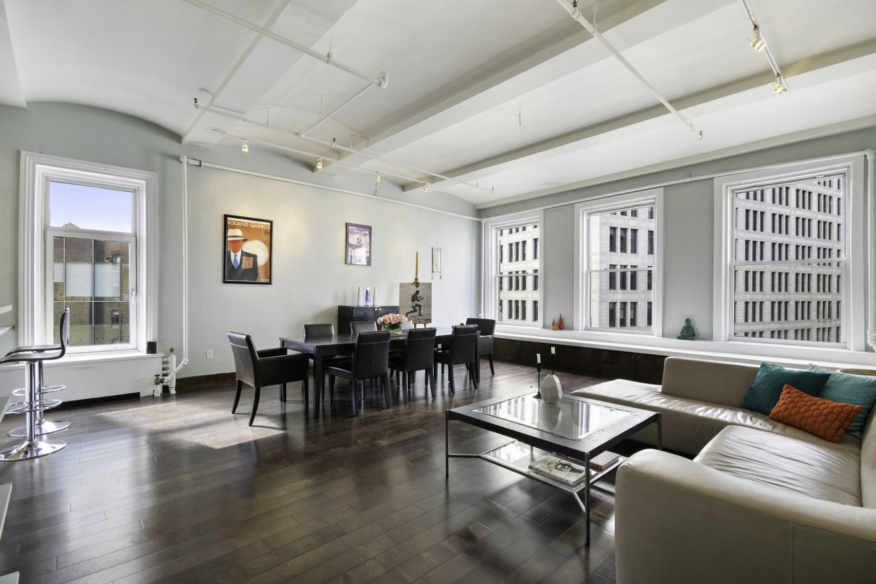 合作公寓 为 销售 在 59 Fourth Avenue, 7A 59 Fourth Avenue Apt 7A East Village, 纽约, 纽约州, 10003 美国