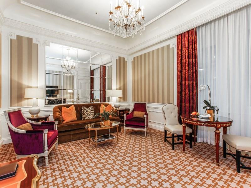 Кооперативная квартира для того Продажа на St. Regis Residence Club 2 East 55th Street Apt 835 Midtown East, New York, Нью-Йорк 10022 Соединенные Штаты