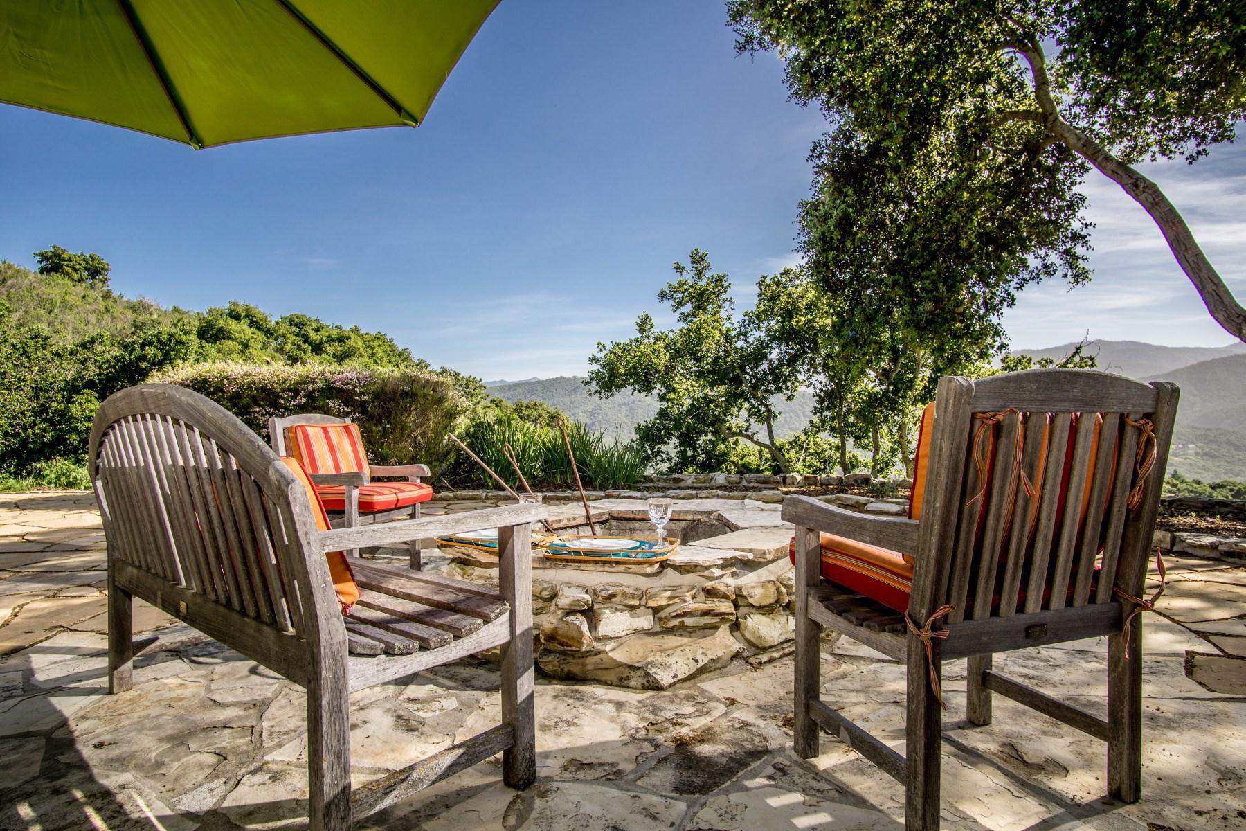 단독 가정 주택 용 매매 에 Vista Montaña 31475 Via Las Rosas Carmel Valley, 캘리포니아, 93924 미국