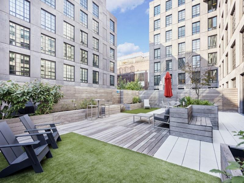 콘도미니엄 용 매매 에 Incredible 1400SF Private Terrace 205 Water Street Apt 2k Dumbo, Brooklyn, 뉴욕 11201 미국