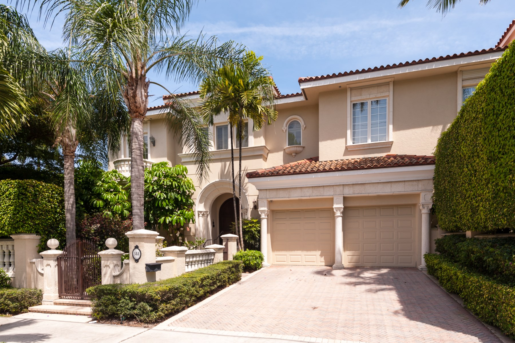 rentals property at Luxurious In-Town Mediterranean Townhome