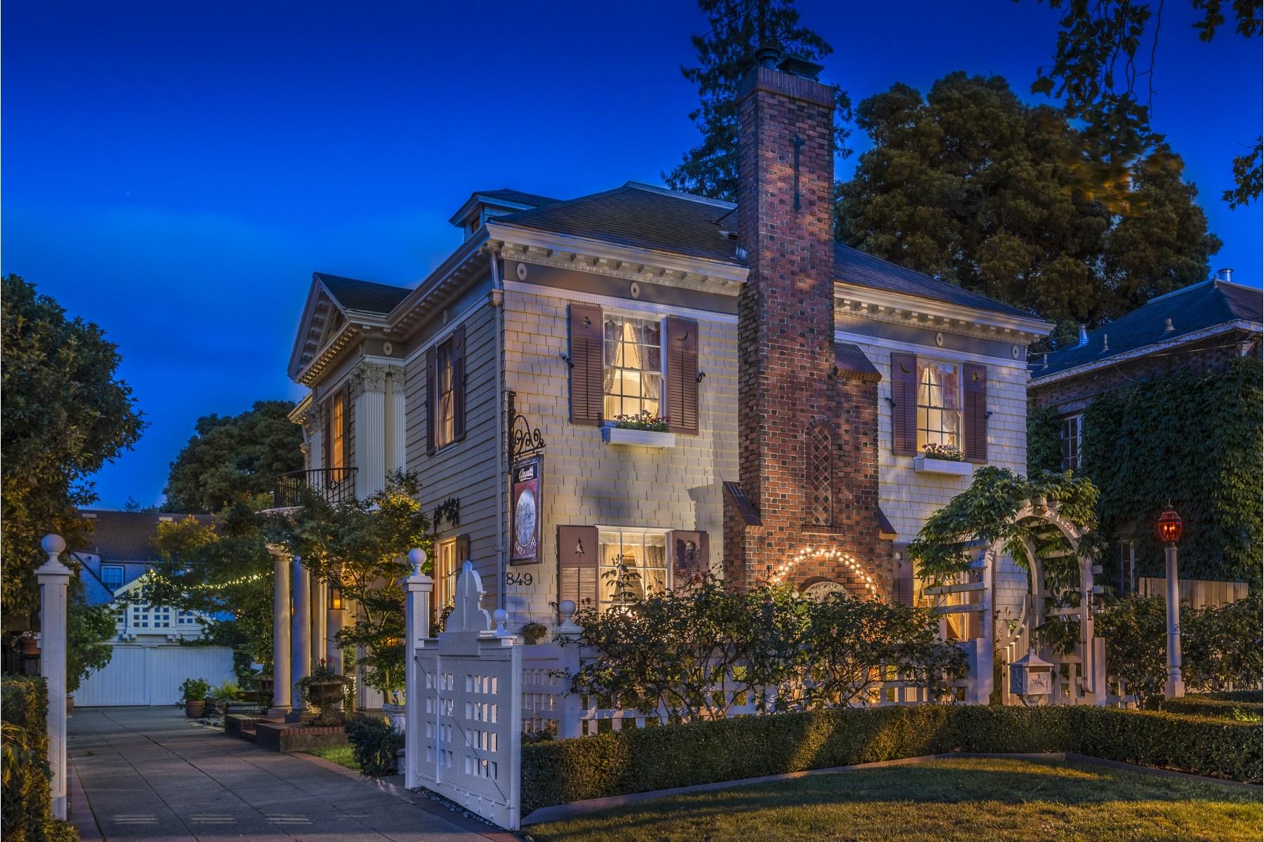 Einfamilienhaus für Verkauf beim 849 D Street Petaluma, Kalifornien 94952 Vereinigte Staaten