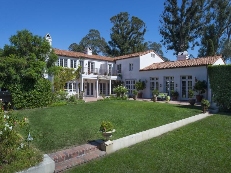 Single Family Home for Sale at Romantic Montecito Villa 185 Middle Road Montecito - Lower Village, Montecito, California 93108 United States
