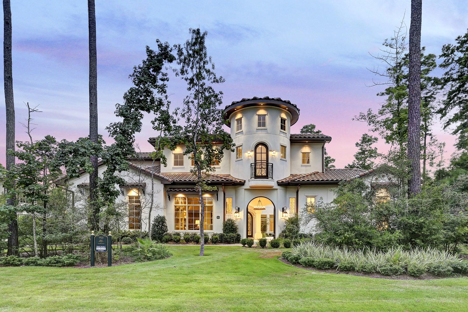 Einfamilienhaus für Verkauf beim 66 S. Palmiera Circle The Woodlands, Texas 77382 Vereinigte Staaten