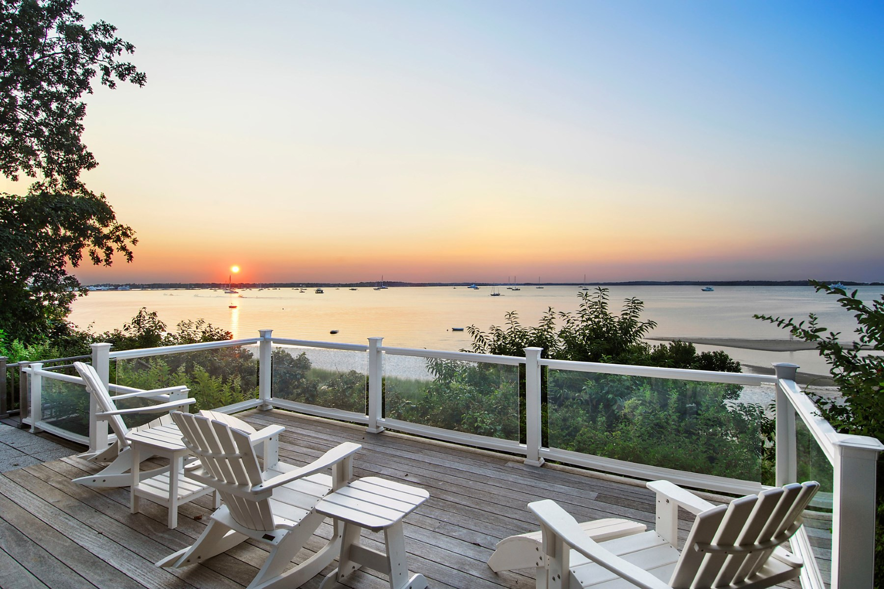 Vivienda unifamiliar por un Venta en Spectacular Waterfront Sag Harbor Village, Sag Harbor, Nueva York 11963 Estados Unidos