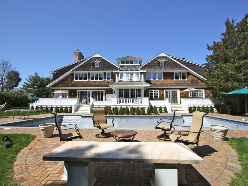 Additional photo for property listing at Exceptional Custom Luxury in  Water Mill, New York 11976 United States