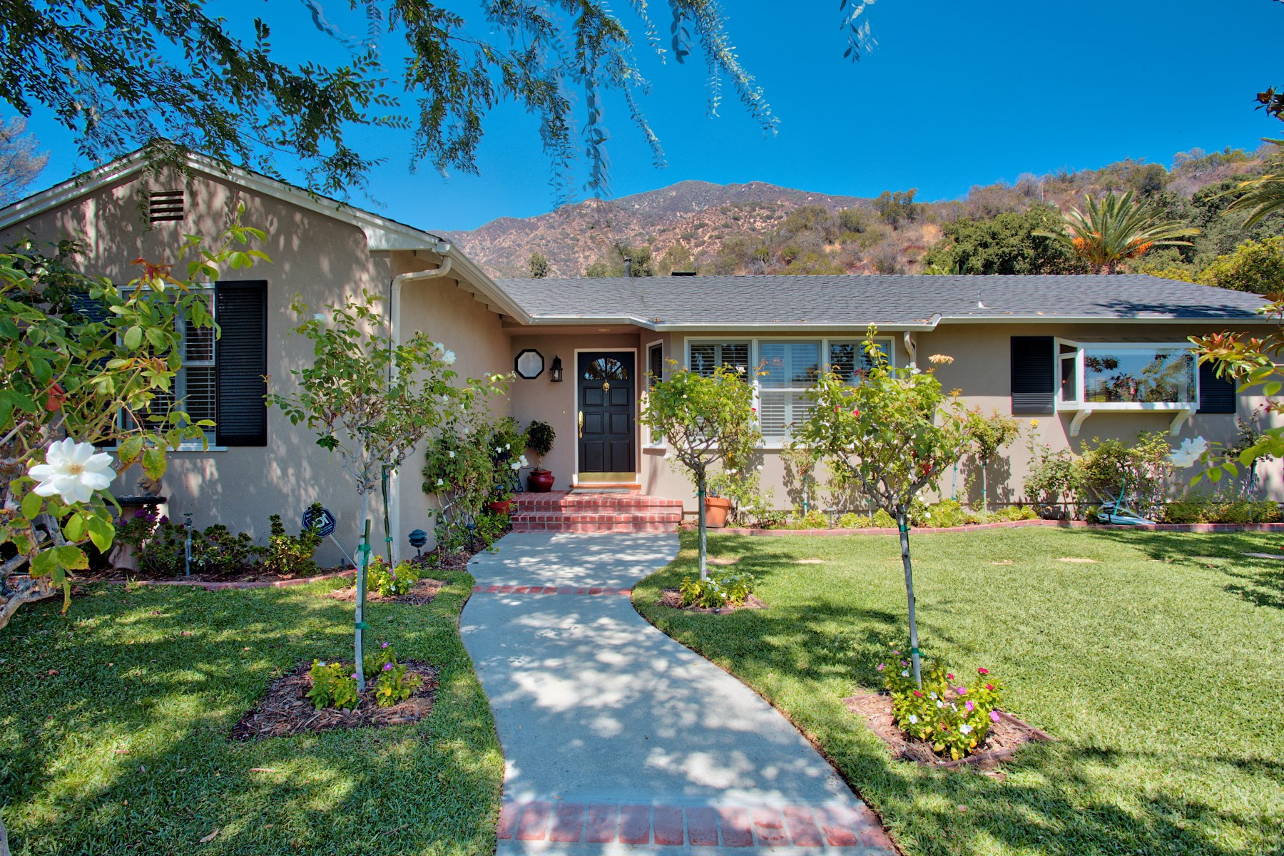sales property at Sierra Madre Foothills