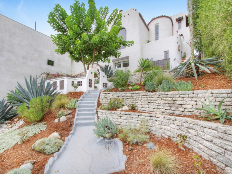 Vivienda unifamiliar por un Venta en 4922 Onteora Way Eagle Rock, Los Angeles, California 90041 Estados Unidos