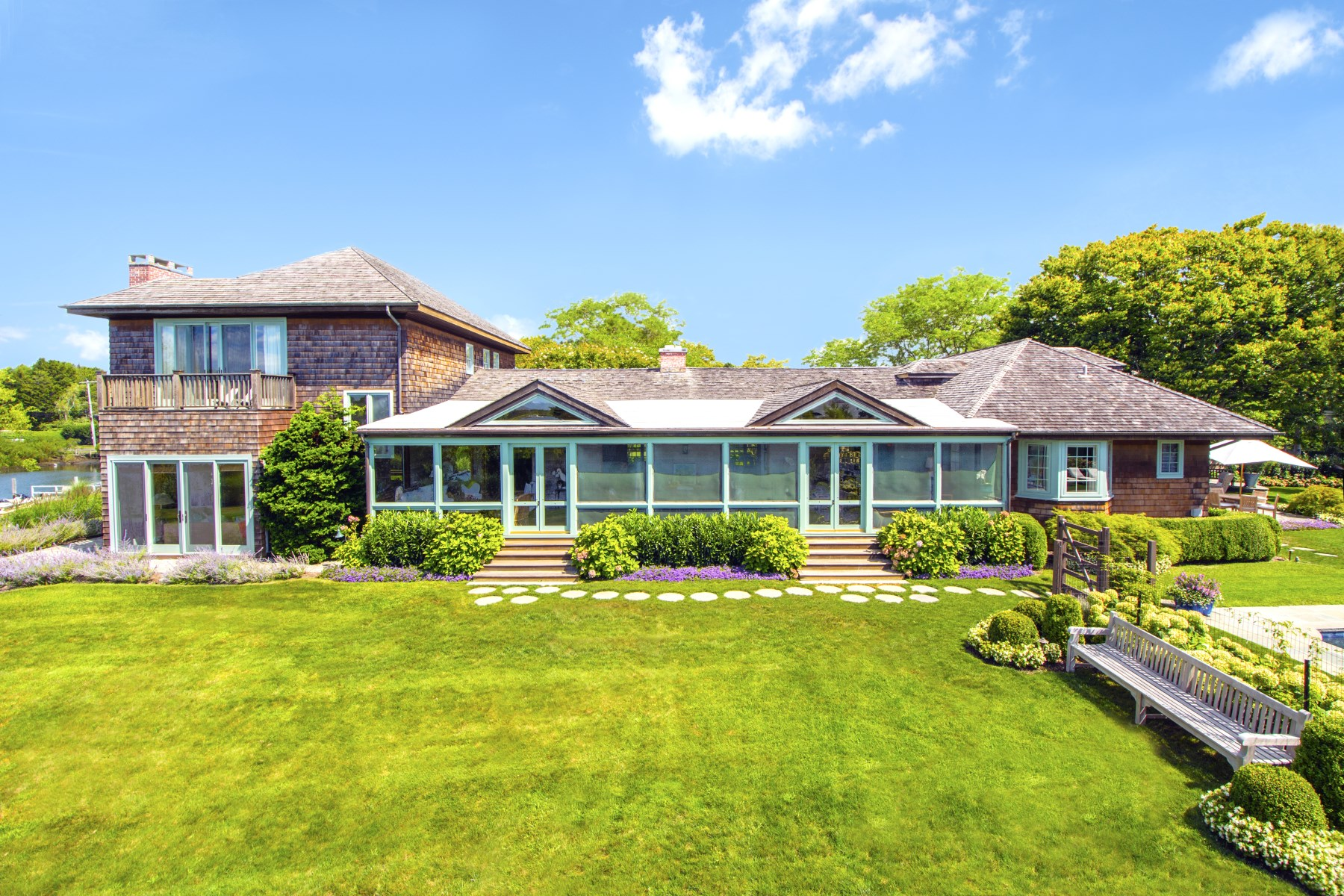 Property Of Southampton Waterfront with Dock & Pool