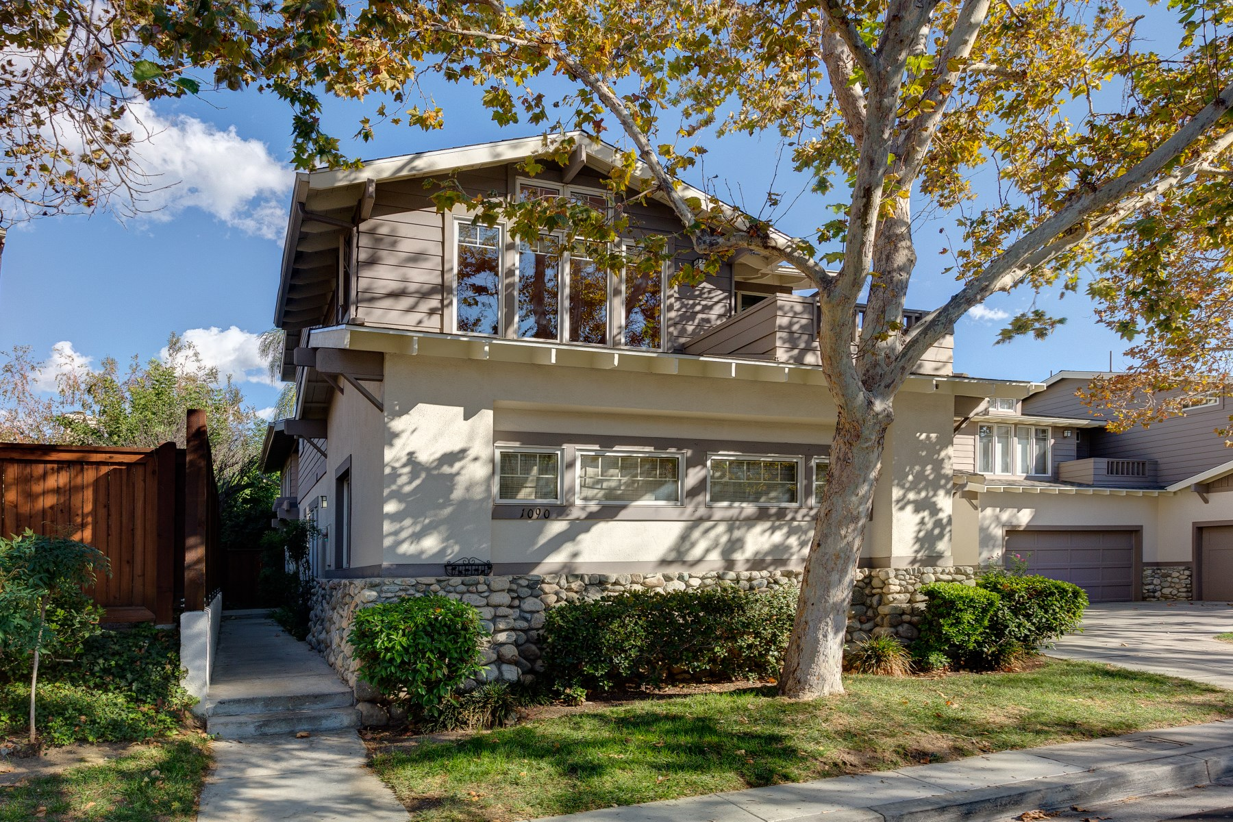 Property For Sale at Stunning updated Town Home in the highly desirable California Rose Court