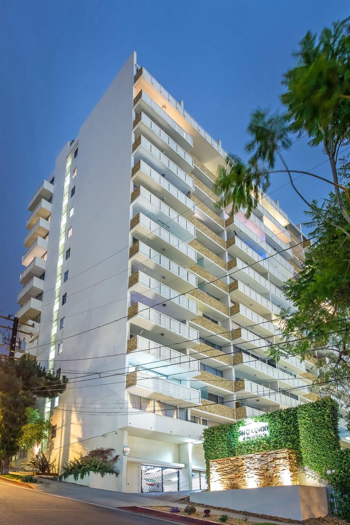 Piso por un Venta en Luxury Full Service Condo 8787 Shoreham Drive #1109 West Hollywood, California, 90069 Estados Unidos