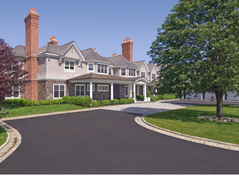 Additional photo for property listing at Sandcastle  Bridgehampton, New York 11932 United States