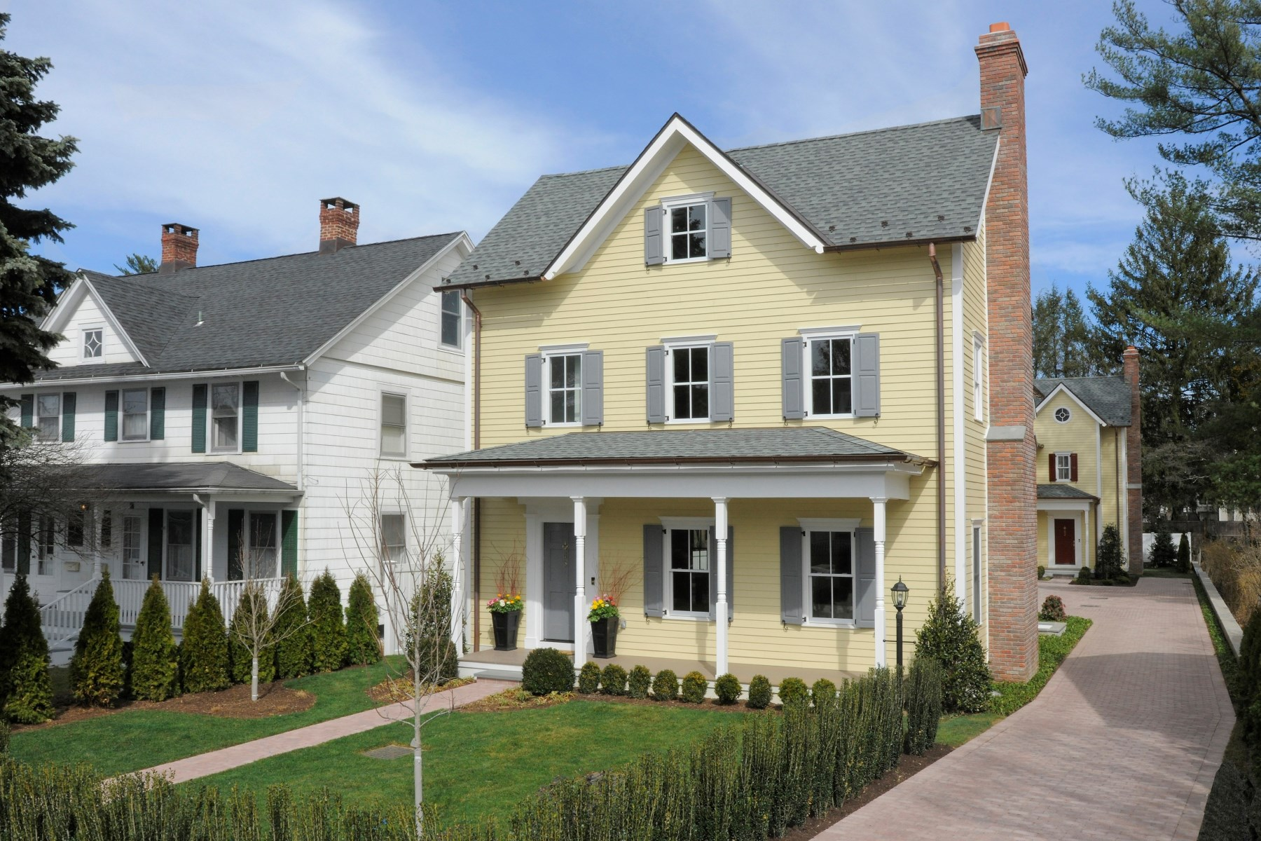 Condominium for Sale at 65 Sherwood Place, Greenwich CT South Of Parkway, Greenwich, Connecticut, 06830 United States