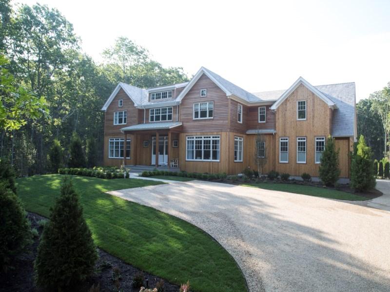 Einfamilienhaus für Verkauf beim 2015 Hampton Designer Showhouse 233 Old Sag Harbor Road Bridgehampton North, Bridgehampton, New York 11932 Vereinigte Staaten