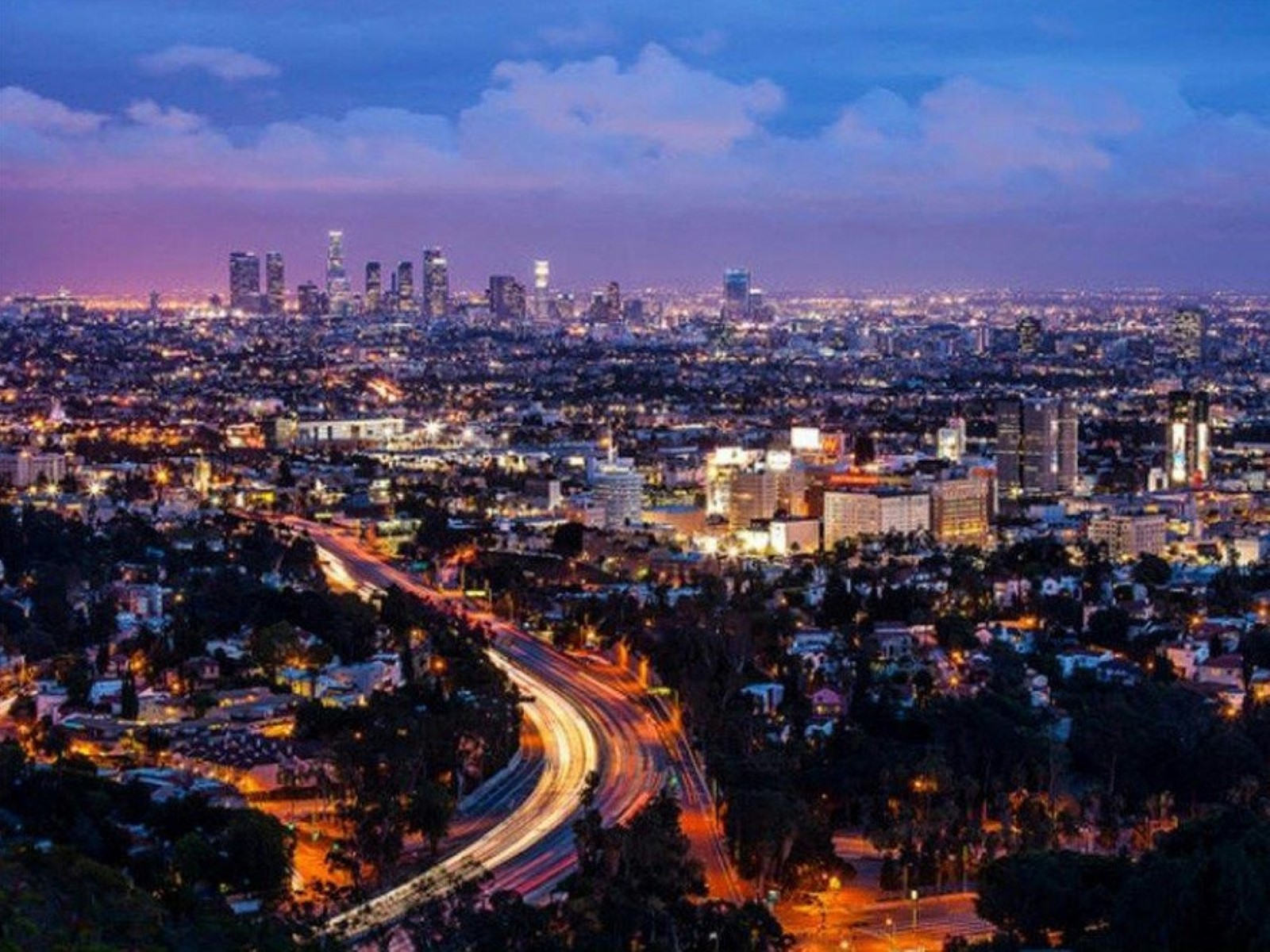 Terreno per Vendita alle ore Land Near Hollywood Bowl Overlook 7038 Mulholland Drive Los Angeles, California 90068 Stati Uniti