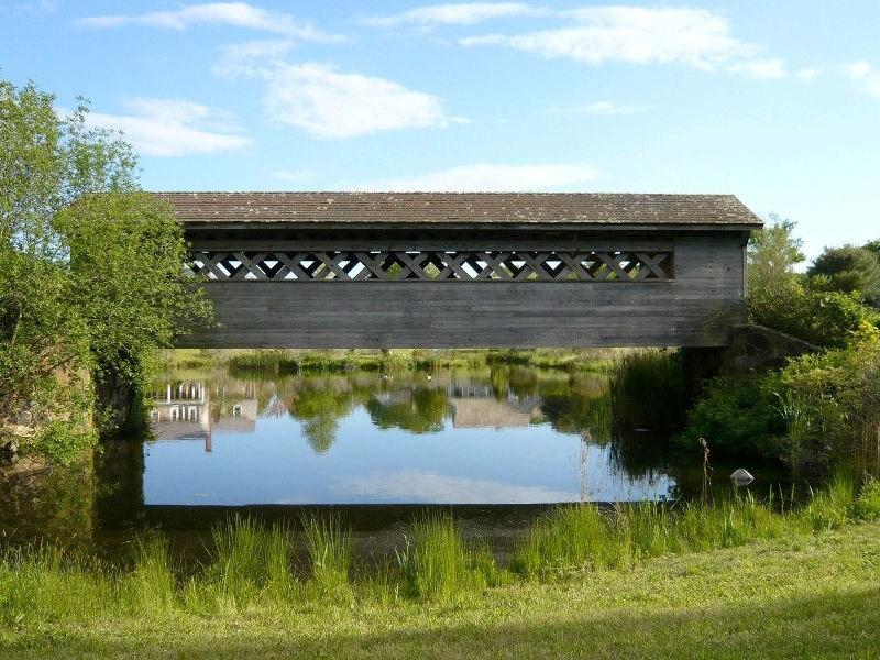 Property Of Bridgehampton Village Vicinity Tradition