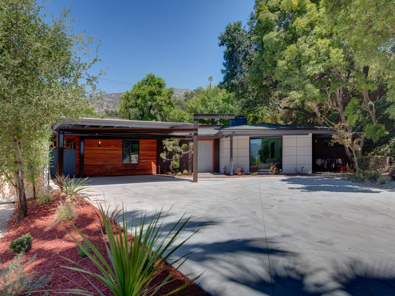Property For Sale at Mid-Century Contemporary Masterpiece