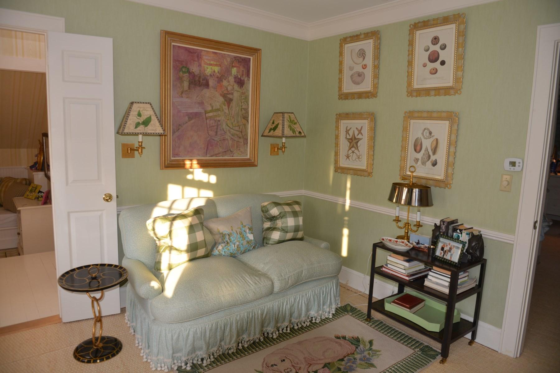 Property Of East Hampton Estate Section