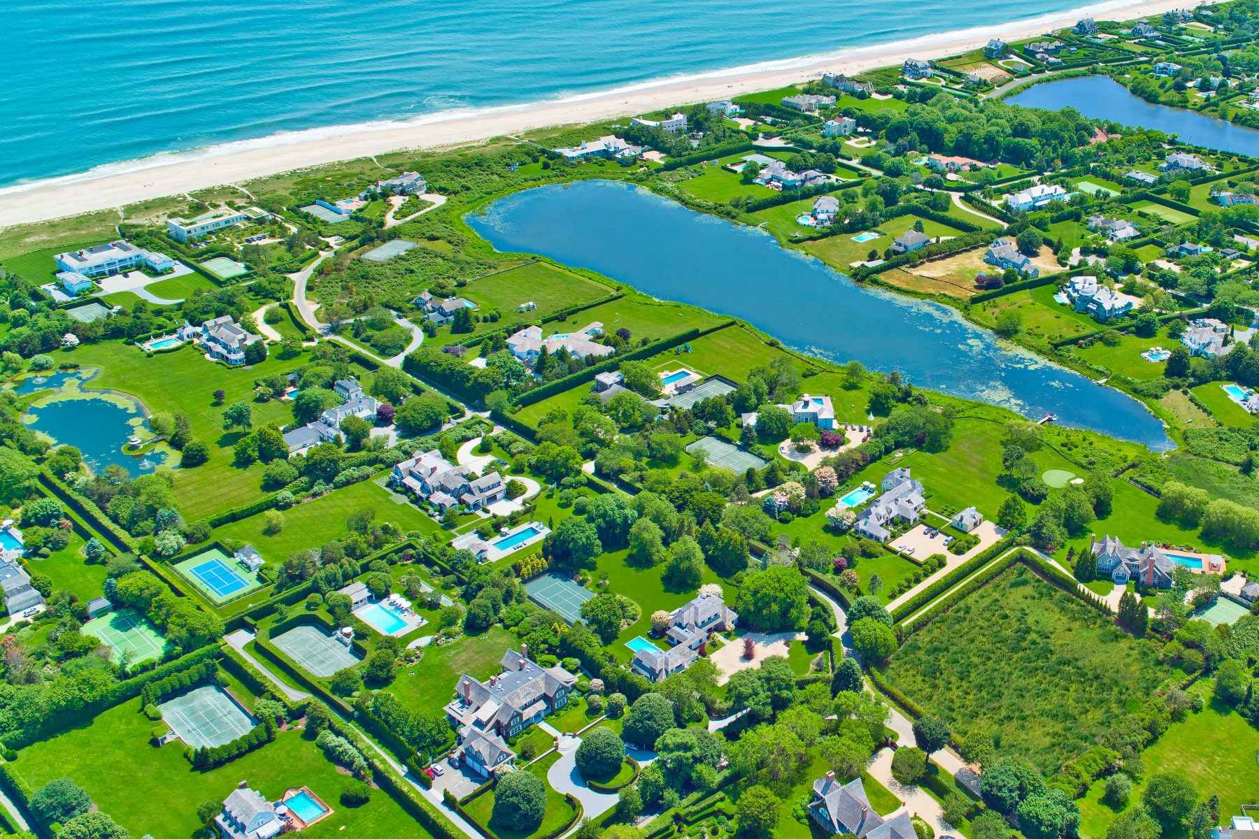 Single Family Home for Rent at Southampton Estate with Ocean Access Southampton, New York, 11968 United States