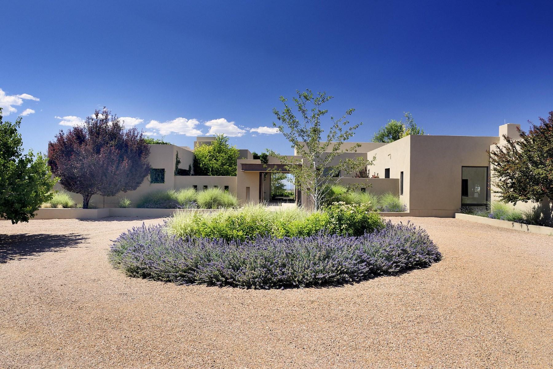 Casa Unifamiliar por un Venta en 3 Indian Pony Santa Fe, Nuevo Mexico, 87506 Estados Unidos