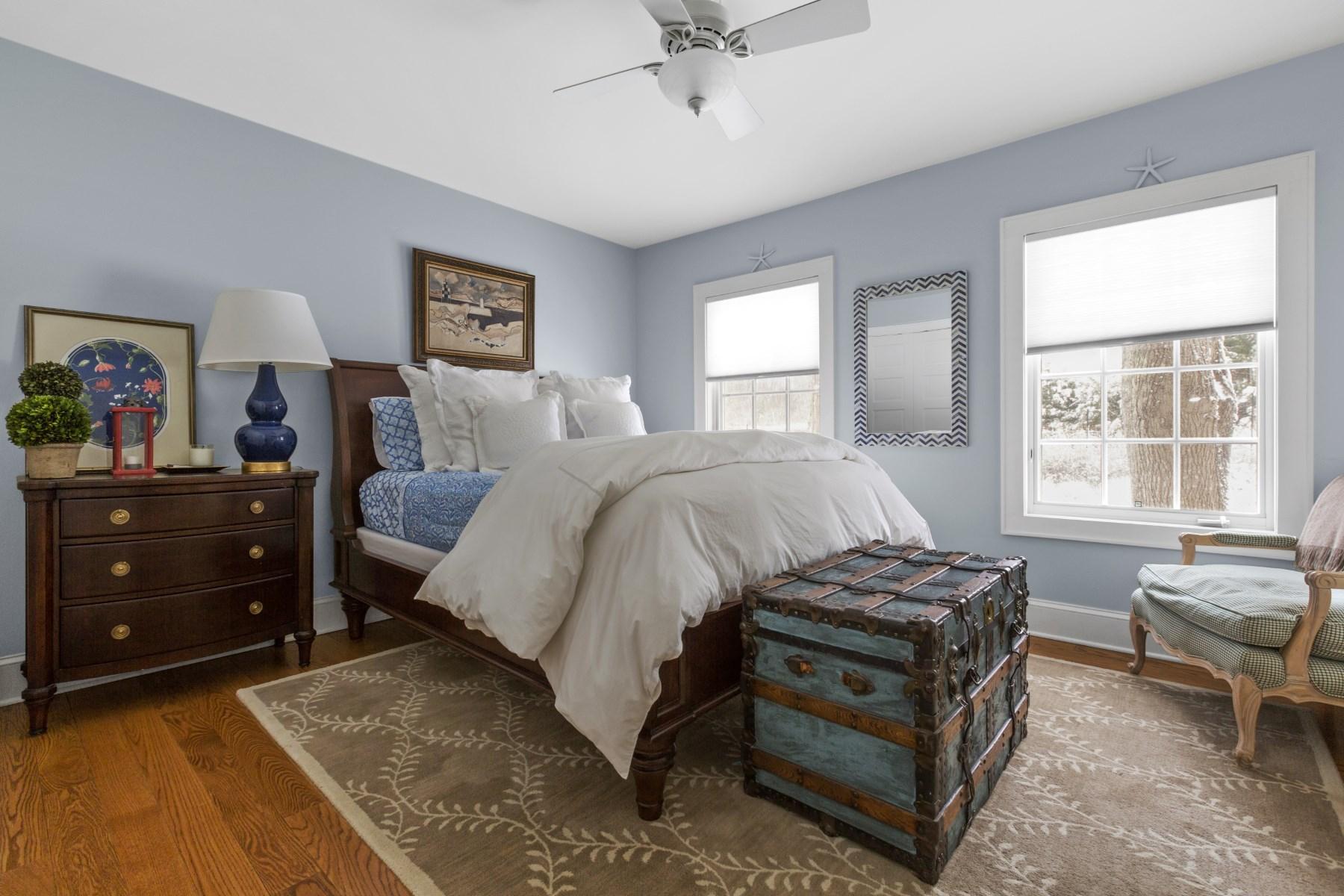 Property Of Close to East Hampton Village