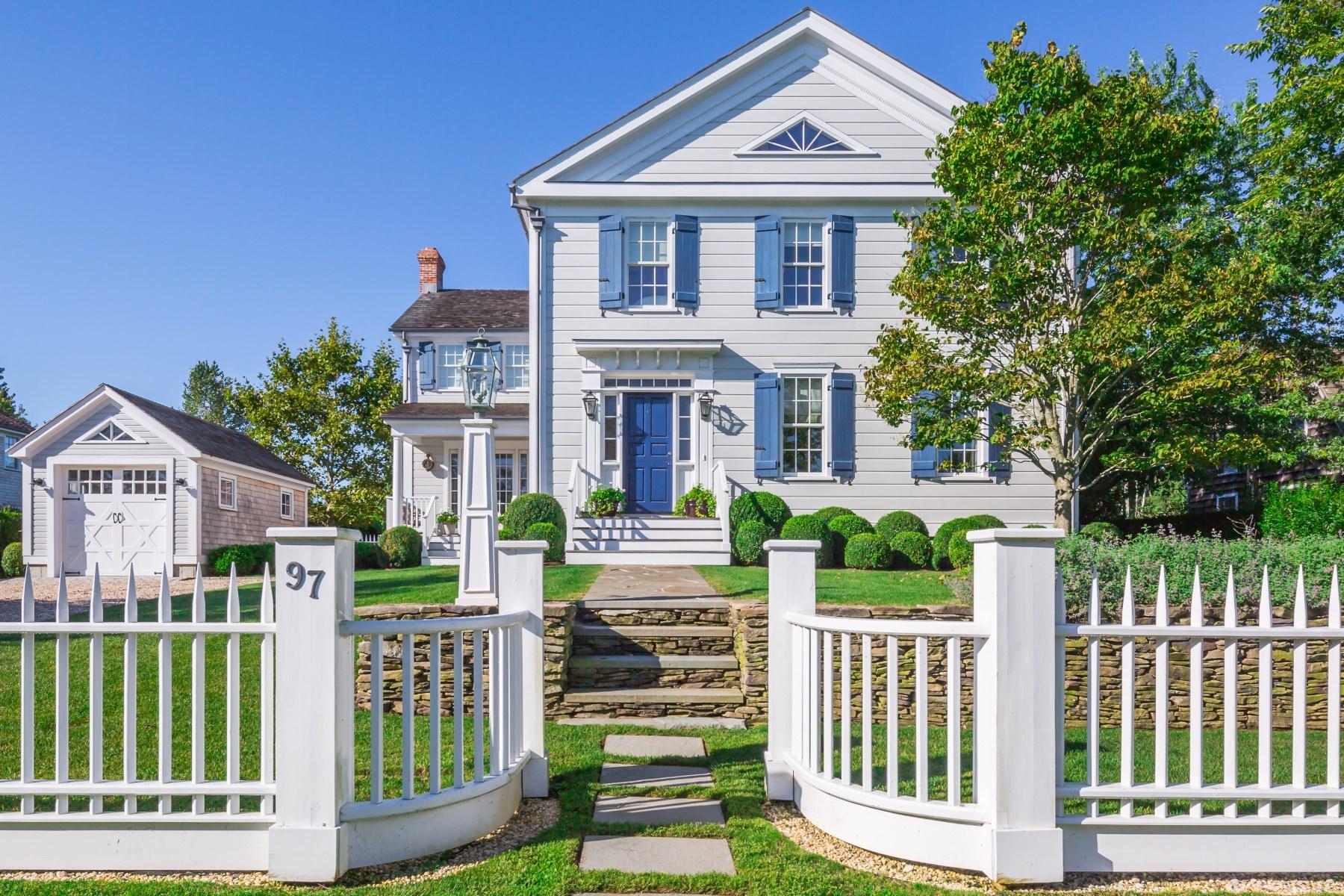Maison unifamiliale pour l Vente à Sag Harbor Village Rarity Sag Harbor Village, Sag Harbor, New York, 11963 États-Unis