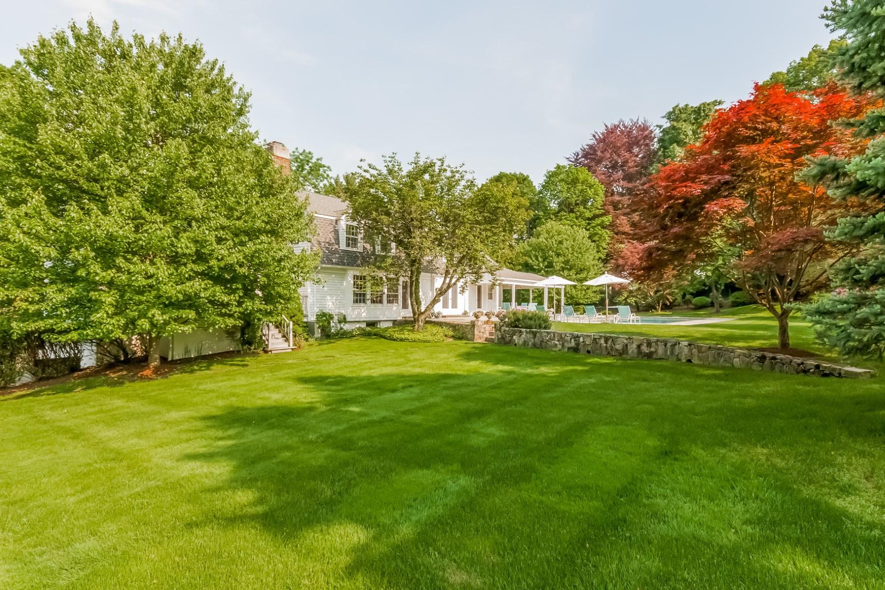 Maison unifamiliale pour l Vente à Mid-Country Beauty 44 Doubling Road (Land) Mid-Country, Greenwich, Connecticut 06830 États-Unis