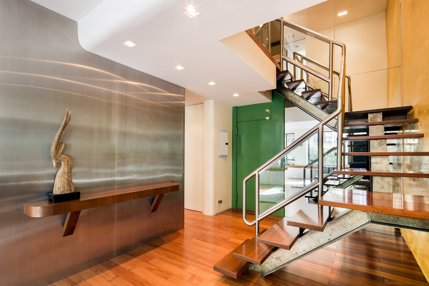 Co-op for Sale at 333 East 69th Street 333 East 69th Street TH10 Upper East Side, New York, New York, 10021 United States