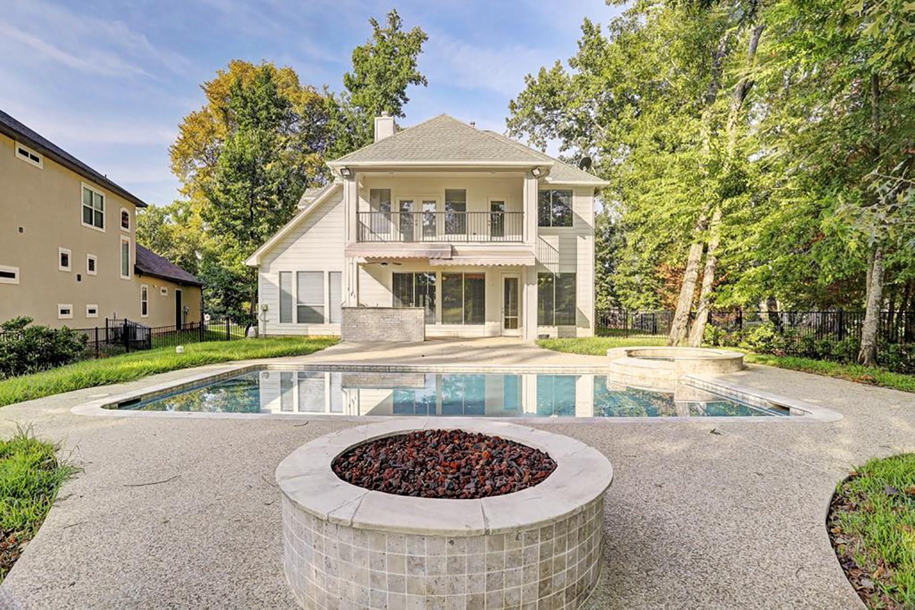 Casa Unifamiliar por un Venta en 11477 Grand Pine Drive Montgomery, Texas 77356 Estados Unidos