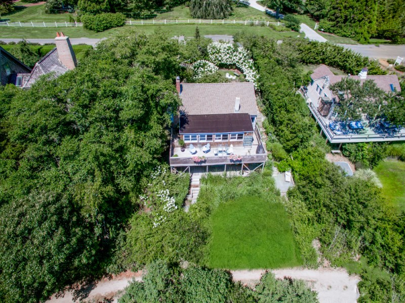 Property For Sale at Classic Amagansett Dunes Cottage